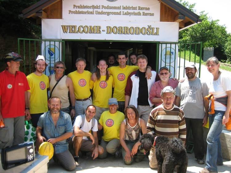 Grupo de voluntarios del 1º turno del 2013