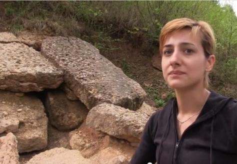 Anela Preljevic  la jóven y nueva arqueóloga en las Pirámides de Bosnia