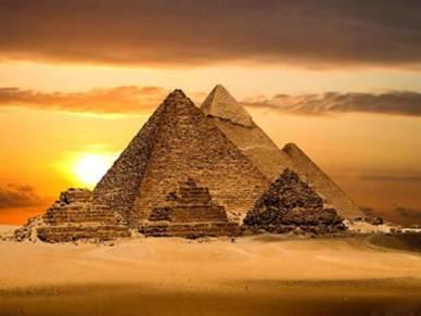 Las Pirámides de Giza -Egipto