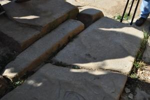 Detalle de la construcción de las terrazas de la Pirámide de la Luna