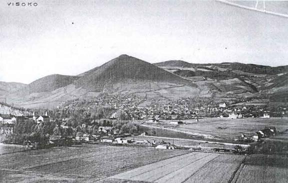 Vista en blanco & negro de la Pirámide del Sol de Bosnia (o pirámide Visocica)