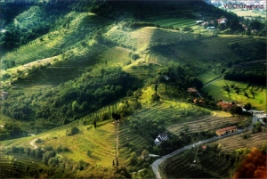 aerial view of the small village of monte montevecchia italy montev aerial view490 - Pirámides en Italia