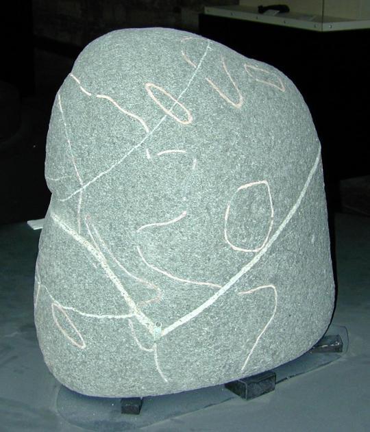 Mapa mundial de piedra, en el cual se encuentra el continente de la Atlántida