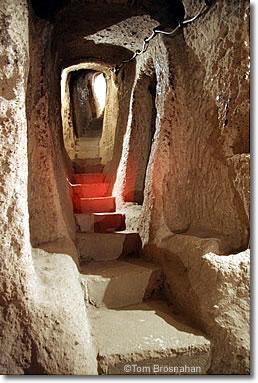 Derinkuyu, túnel pasillo -Capadocia - Turquía