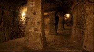 Derinkuyu - ciudad subterránea en Capadocia
