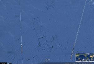 Huellas de gigantezcos edificios submarinos? 33º42´24.68´´N   118º05´23.94W  - elev -12 m  - eye alt 2.65 km