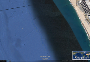 Entradas a una base o pirámide submarina?