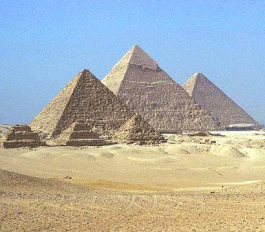 Figura 5. Pirámides de Giza