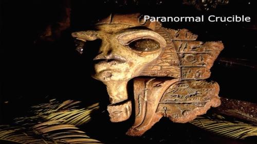 Antigua escultura alienígena gris encontrada en una cámara subterránea en la meseta de Giza