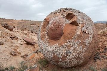 Mangystau-Kazakhstan-Stone-Balls-3.jpg