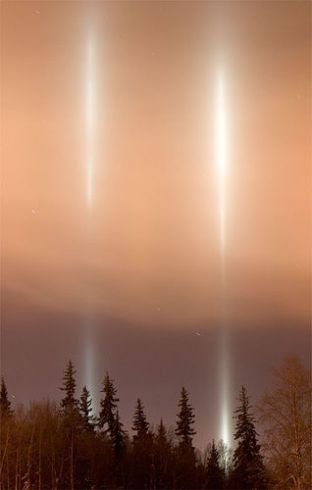 Light Pillars 1.jpg