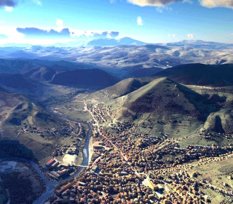 001Bosnian_Pyramids_valley.jpg