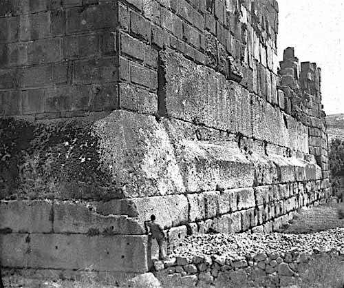 cimientos-templo-de-jupiter-4.jpg